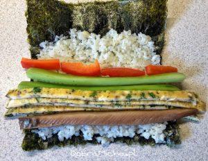 Składanie sushi kimbap